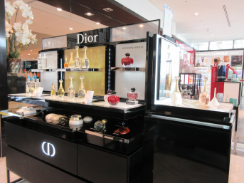 printemps-beauty-bar-dior-terrasse-du-port