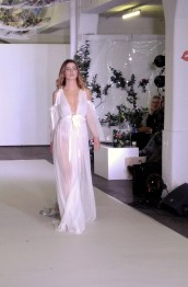 robe-de-mariee-defile-catwalk-bridal-collection-summer-2018