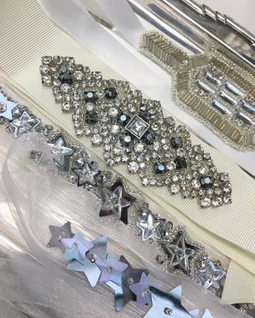 salon-du-mariage-alternatif-londres-accessoires-bijoux-ceinture-mariée